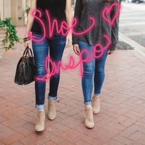 ME TOO Lamont booties nude suede heels shoes 8 M